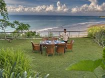 Villa The Luxe Bali, Comedor con vista al mar