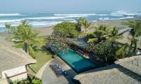 6 Habitaciones Villa Sound Of The Sea en Canggu